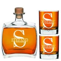 Individuāli gravēts personalizēts viskija dekanteris ar vārdu, iniciāļiem un gadu, 750 ml ar 2 viskija glāzēm.